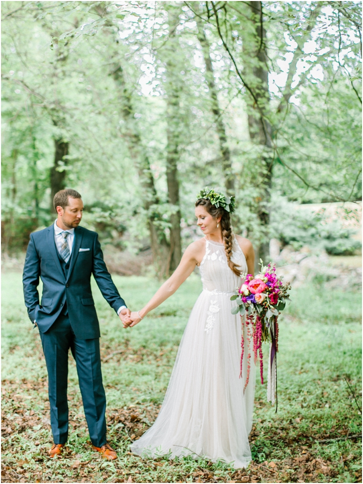 Organic Romantic Bride and Groom Photos