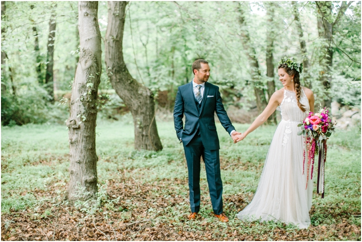 Unique nature bride and groom photos
