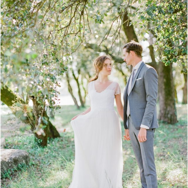 Romantic French Wedding Photos